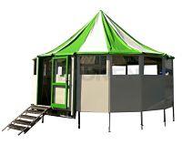 Schirmbar huren met groen en wit dak bij Attractieverhuur Moonen