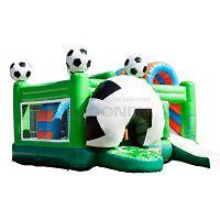Veilig voetbal multiplay springkussen met leuke voetbal speelattributen